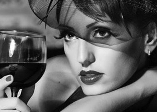 Ученые советуют употреблять вино для борьбы с лишними килограммами
