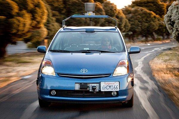 Первые беспилотные такси вЯпонии запустят уже вследующем году